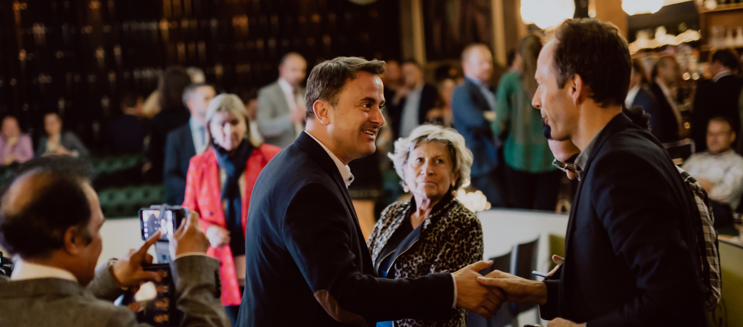Begéinen Xavier Bettel Header